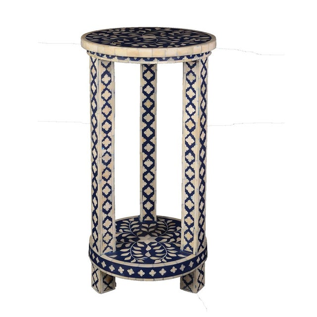 Imperial Beauty Double Shelf Round Table in Indigo/White For Sale - Image 4 of 4