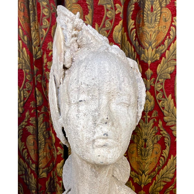 "Off-white 1990s ""Sea Queen"" Woman Bust Sea Shell Sculpture #3 For Sale - Image 8 of 11"