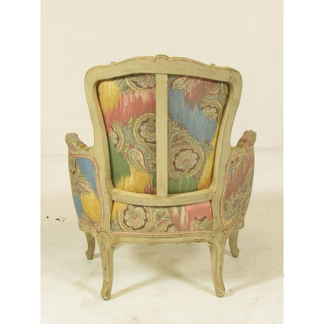 French Provincial Louis XV-Style Painted Bergere For Sale - Image 3 of 8