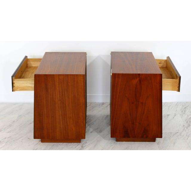 Brass Mid-Century Modern Kipp Stewart Drexel Declaration Walnut Pair of Nightstands For Sale - Image 7 of 10