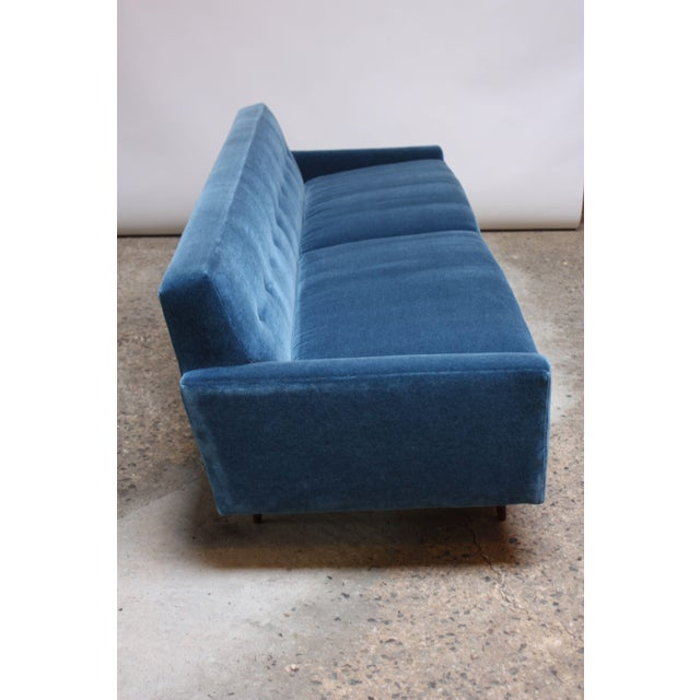 Milo Baughman for Thayer Coggin Walnut Sofa in Blue Mohair For Sale In New York - Image 6 of 13