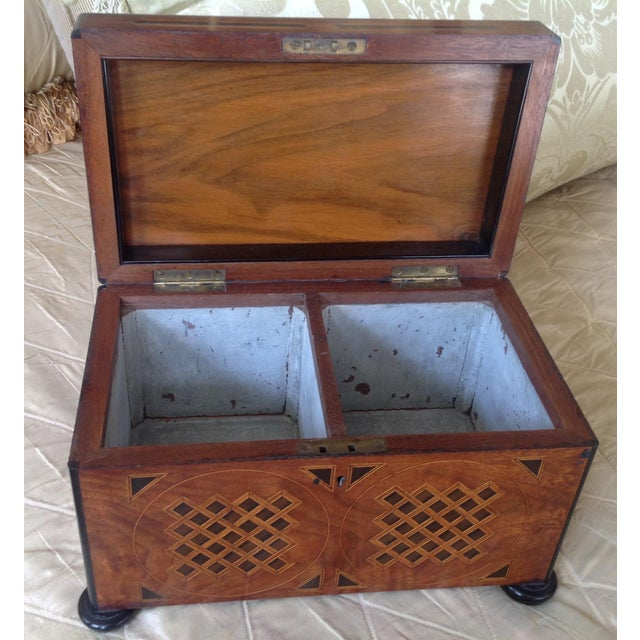 English 19th Century English Traditional Walnut Tea Chest For Sale - Image 3 of 5