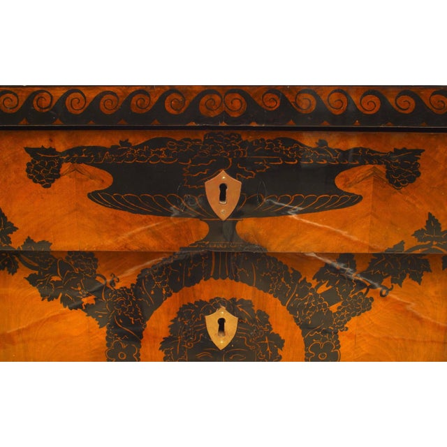 Wood Early 19th Century Italian Neoclassical Penwork Chest For Sale - Image 7 of 10