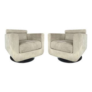 Italian Ultra-Suede Swivel Club Chairs by Natuzzi Salotti - A Pair For Sale
