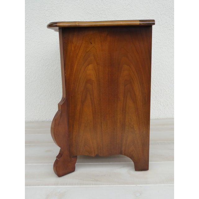Baker Furniture Company 20th Century Traditional Baker Furniture Mahogany Nightstand For Sale - Image 4 of 13