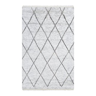 Shaggy Moroccan, Bohemian Shaggy Moroccan Hand Knotted Area Rug, Silver, 5 X 8 For Sale