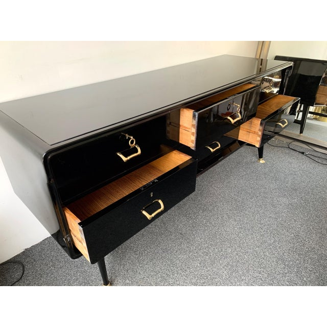 Black Black Lacquered Sideboard and Brass by Vittorio Dassi, Italy, 1950s For Sale - Image 8 of 13