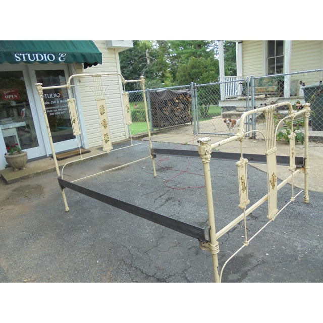 Antique Iron Full Bed - Image 8 of 12