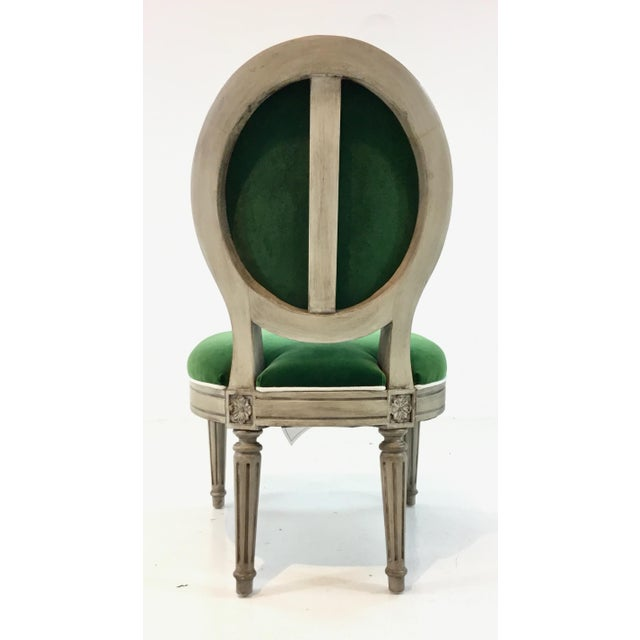2010s Mark Sikes for Henredon French Style Carlyle Green Velvet Chair For Sale - Image 5 of 6