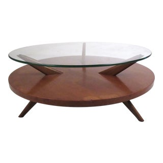 Mid-Century Two-Tier Coffee Table in the Style of Heywood Wakefield For Sale
