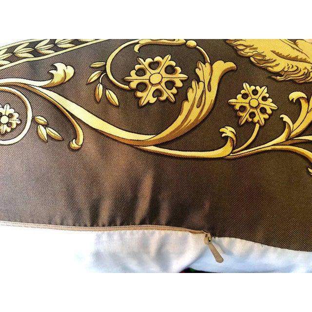 Hermès Enormous Hermes 'La Promenade De Longchamps' Overstuffed Silk Pillow For Sale - Image 4 of 11