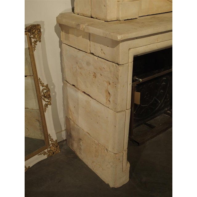 Early 1800s Carved Limestone Trumeau Fireplace Mantel from Loire Valley, France For Sale In Dallas - Image 6 of 11