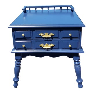 1980s Traditional Lacquered Royal Blue Midcentury End Table