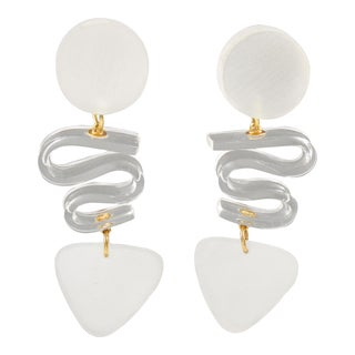 Harriet Bauknight for Kaso Lucite Clip on Earrings Dangle Frosted White For Sale