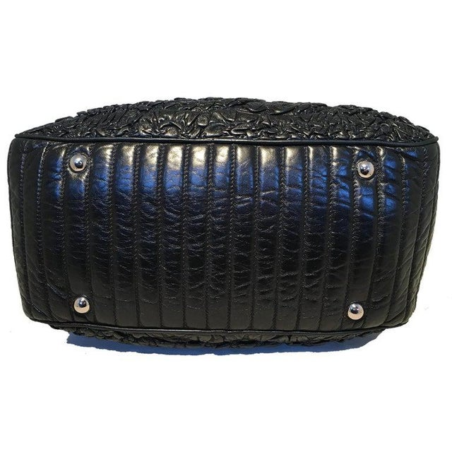 2000 - 2009 Chanel Black Quilted and Ruched Leather Shoulder Bag Shopping Tote For Sale - Image 5 of 12