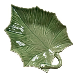 Vintage Bordallo Pinheiro Portugal Green Leaf Serving Plate For Sale