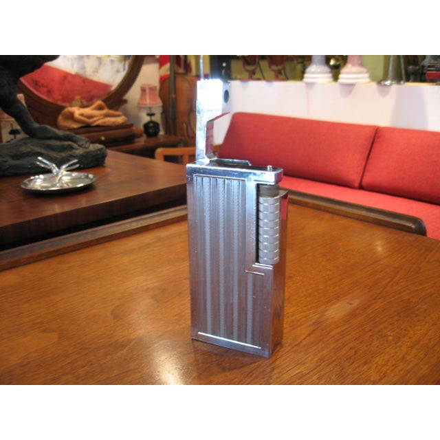 Very large, Japanese lighter created by SWANK. Circa 1960s. This piece is in very good vintage condition.