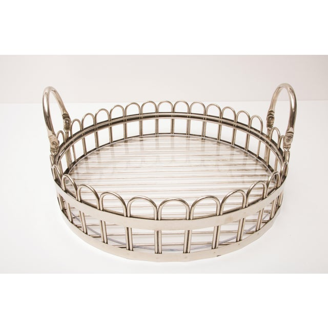 Metal Godinger Silver-Plated Round Serving Tray With Lucite Inset, 20th Century For Sale - Image 7 of 11