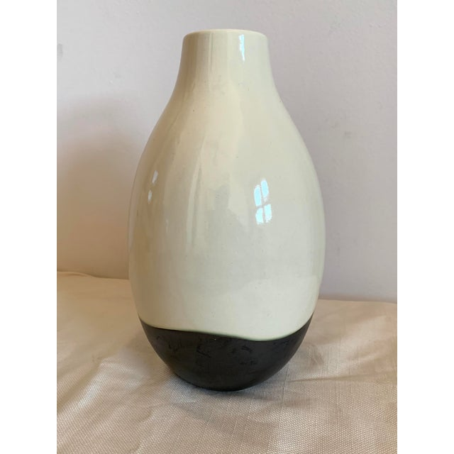 Contemporary Contemporary Black and White Ceramic Vase For Sale - Image 3 of 7