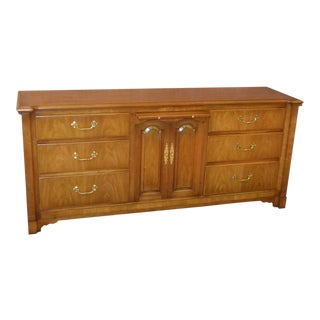 1960s Traditional John Widdicomb Mahogany Triple Dresser For Sale