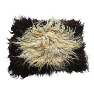 "Handmade Natural Wool Shaggy Tulu Rug - 3'6"" X 2'8"" For Sale"
