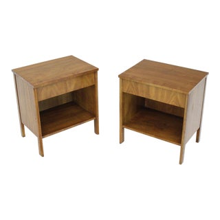 Dale Ford Widdicomb Walnut Banded Top Nightstands End Tables - A Pair For Sale