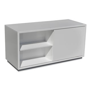 20th Century Minimalist White Lacquer Two Sided TV Entertainment Stand For Sale