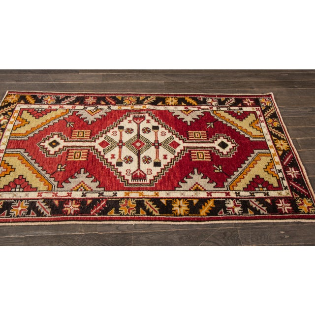"Textile Early 20th Century Vintage Anatolian Rug, 2'9"" X 5'4"" For Sale - Image 7 of 10"