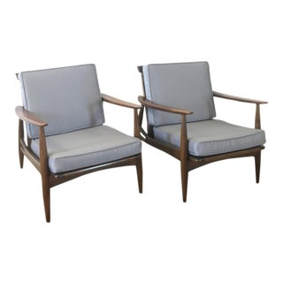 Mid-Century Baumritter Style Lounge Chairs - A Pair For Sale