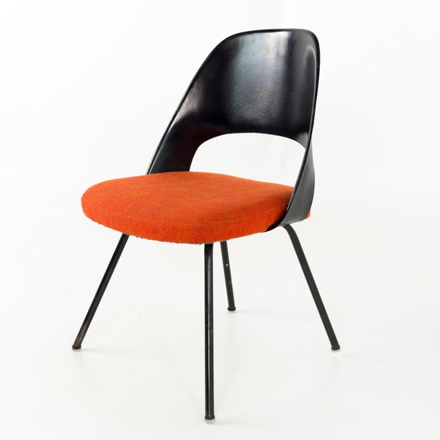Vintage Early Saarinen for Knoll Plastic Back Armless Executive Side Desk Chair For Sale In Chicago - Image 6 of 8