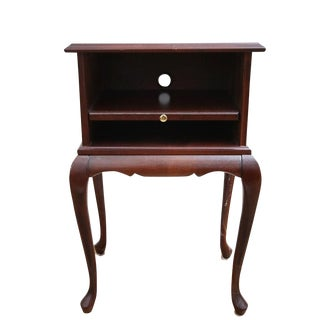 Bombay Furniture Queen Anne Style Mahogany Side or Phone Table For Sale