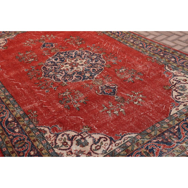 "Vintage Turkish Medallion Oushak Rug - 7'1"" X 9'10"" - Image 5 of 7"
