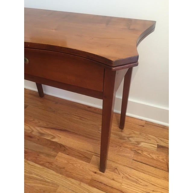 19th Century Hepplewhite Cherrywood Serpentine Game Table For Sale - Image 4 of 6