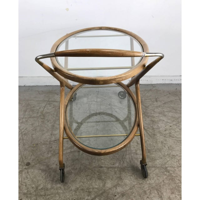 Mid-Century Modern Cesare Lacca 1960s Bar Cart With Glass Shelves and Brass Details For Sale - Image 3 of 8