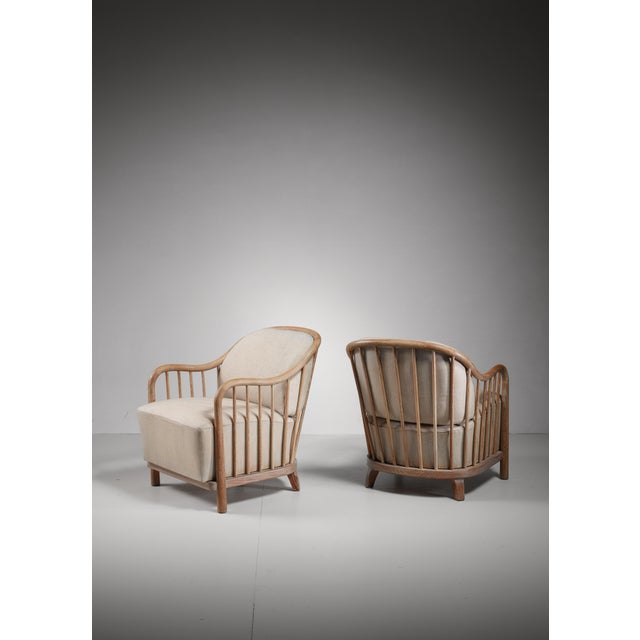 Pair of spindle lounge chairs from Italy, 1930s - Image 2 of 5