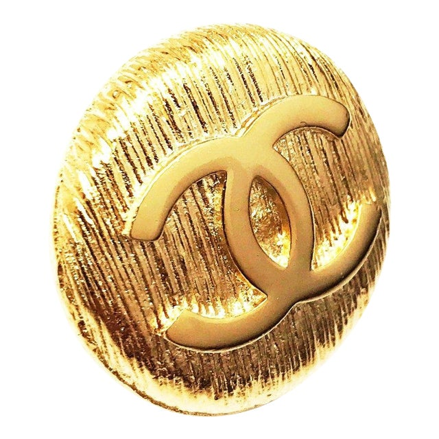 Classic CC Logo Punch Pin by Chanel For Sale