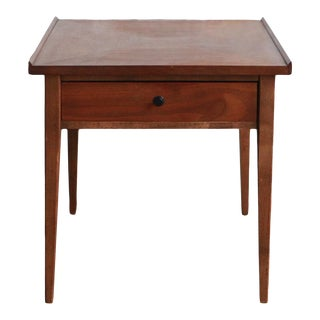 Mid-Century Modern American of Martinsville Side Table For Sale