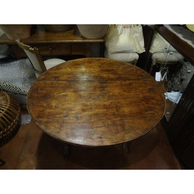 Early 19th Century 19th Century French Walnut Wine Tasting Table From Burgundy For Sale - Image 5 of 13