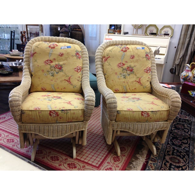 These gorgeous Ethan Allen Rockers are in excellent condition. They are excellent as a pair and come with the beautiful...
