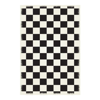 Black & White English Checkered Rug - 4' X 6'