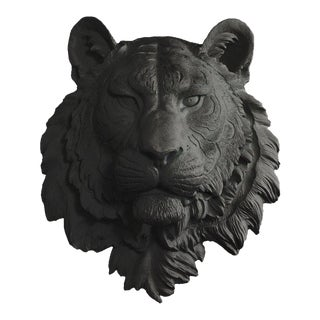 Faux Tiger Head Bust in Black by Wall Charmers