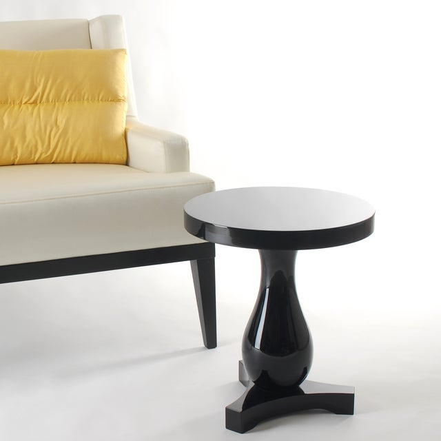 Inspired by the American Hudson River's clear waters, this ideal contemporary side table – Hudson - is a modern design...