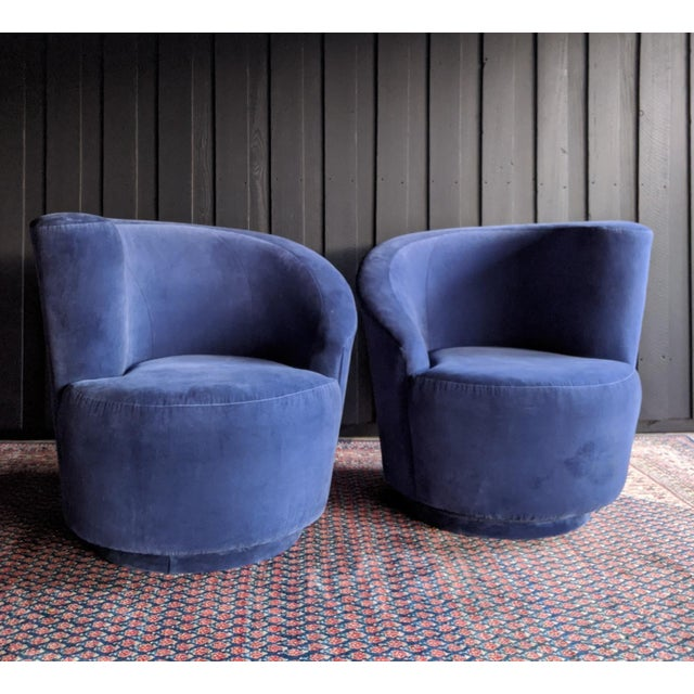 Contemporary Vladimir Kagan Nautilus Swivel Chairs Reupholstered in Blue Velvet, a Pair For Sale - Image 3 of 13