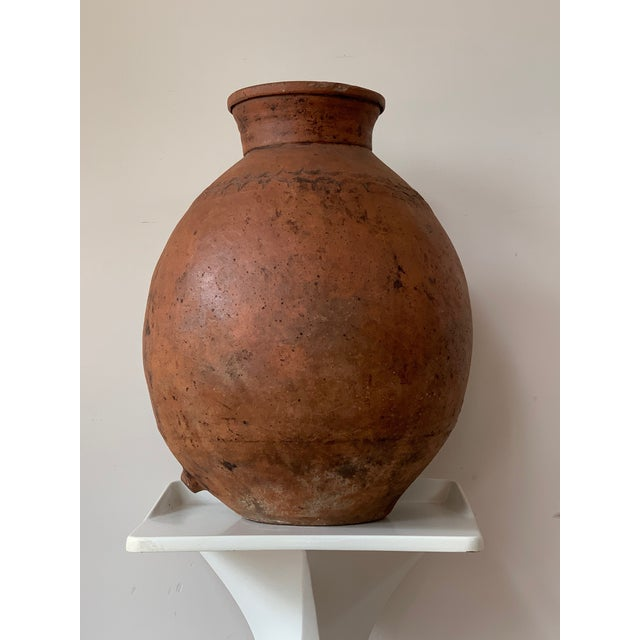 17th Century Spanish Red Terracotta Vessel, Vase, Planter With Low Tap For Sale In Miami - Image 6 of 13