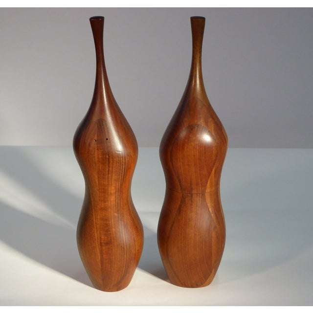 Contemporary Pair of Organic Walnut Salt & Pepper by Daniel Loomis Valenza Design For Sale - Image 3 of 10