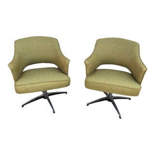 1960s Mid Century Modern Knoll Executive Swivel Armchairs - a Pair For Sale