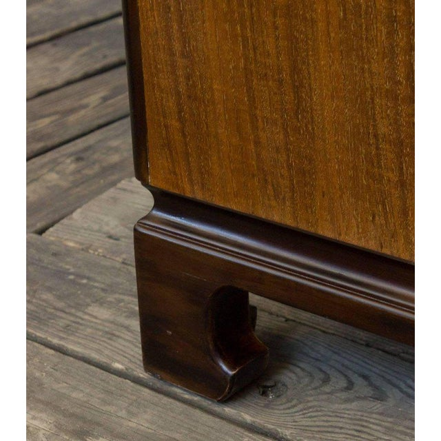 """American Midcentury """"chinese-modern"""" Chest of Drawers For Sale In New York - Image 6 of 9"""