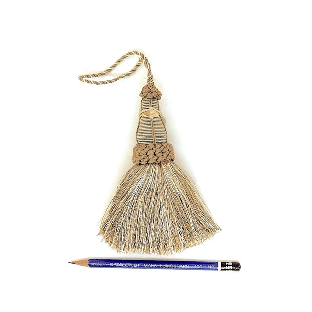Key Tassels in Khaki and Bronze With Ruche Trim - a Pair For Sale - Image 10 of 12