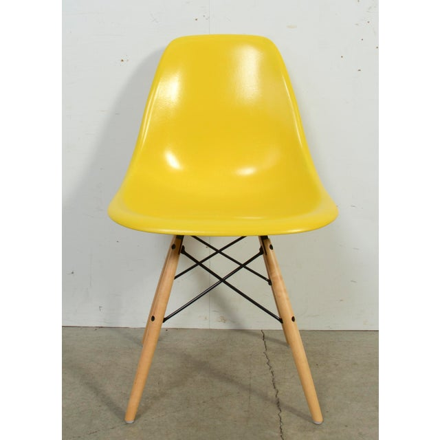Mid-Century Modern Eames for Herman Miller Yellow Fiberglass Chair For Sale - Image 3 of 9