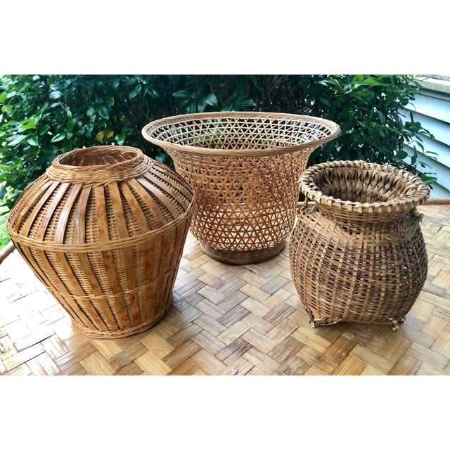 Vintage Mid-Century Natural Woven Wicker Rattan Basket Urn For Sale - Image 4 of 9